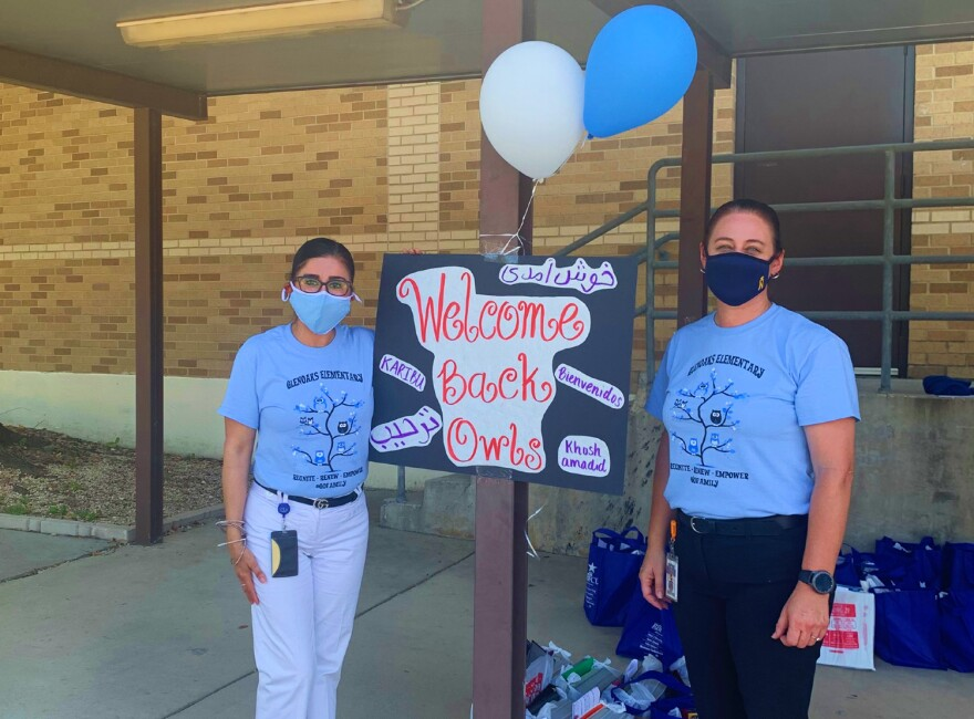 Northside ISD's Glenoaks Elementary holds a curbside meet-the-teacher event Aug. 19, the week before the district started the school year remotely.
