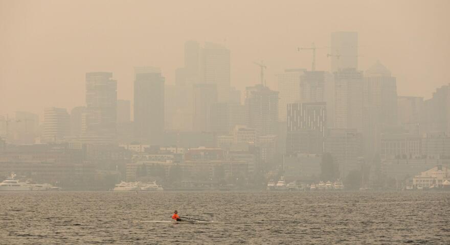 03_GtZStory1_17-Wildfire-smoke-Seattle-20200911.jpg
