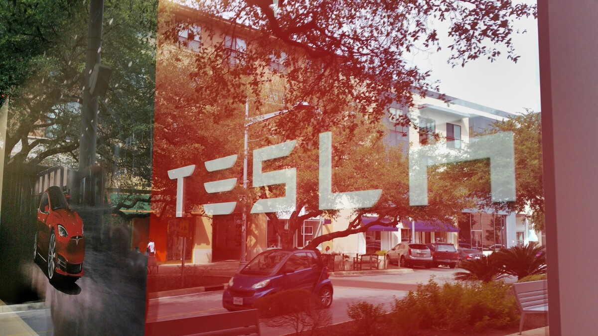 Tesla says it's moving its headquarters to Austin
