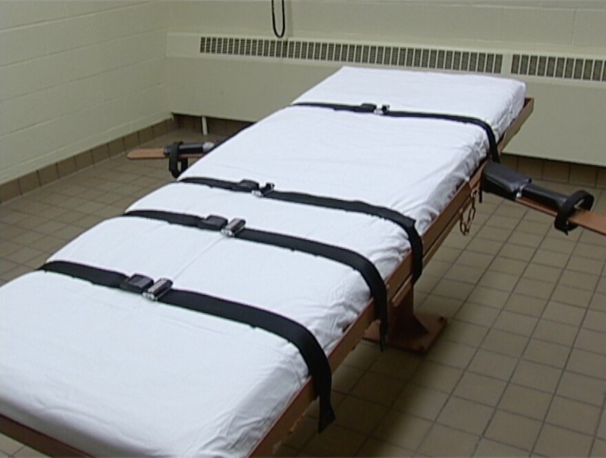photo of execution bed