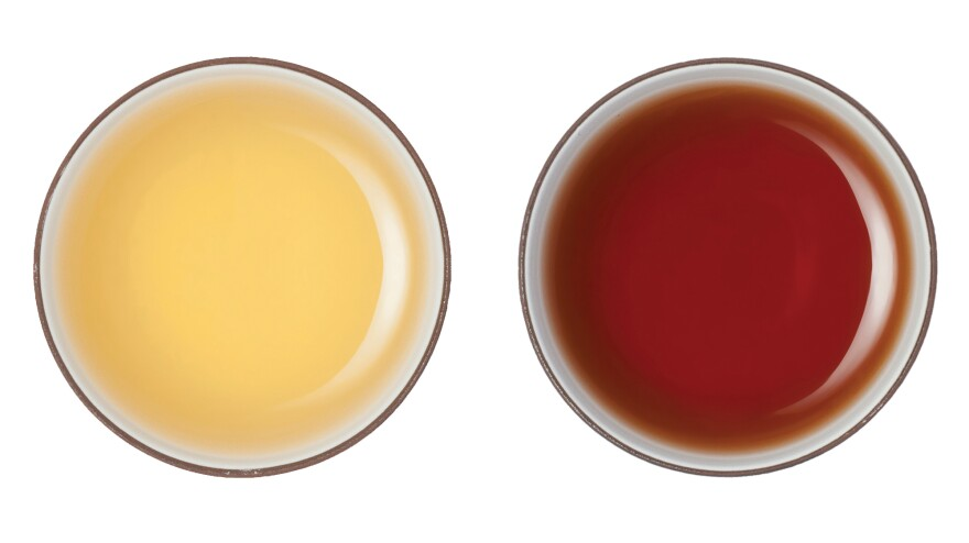 <em></em>Traditional <em>Sheng Pu'er </em>(left), is allowed to naturally ferment and mature in flavor over time. The more recently invented <em>Shu Pu'er </em>(right) is piled into a moist mass and fermented far more quickly.