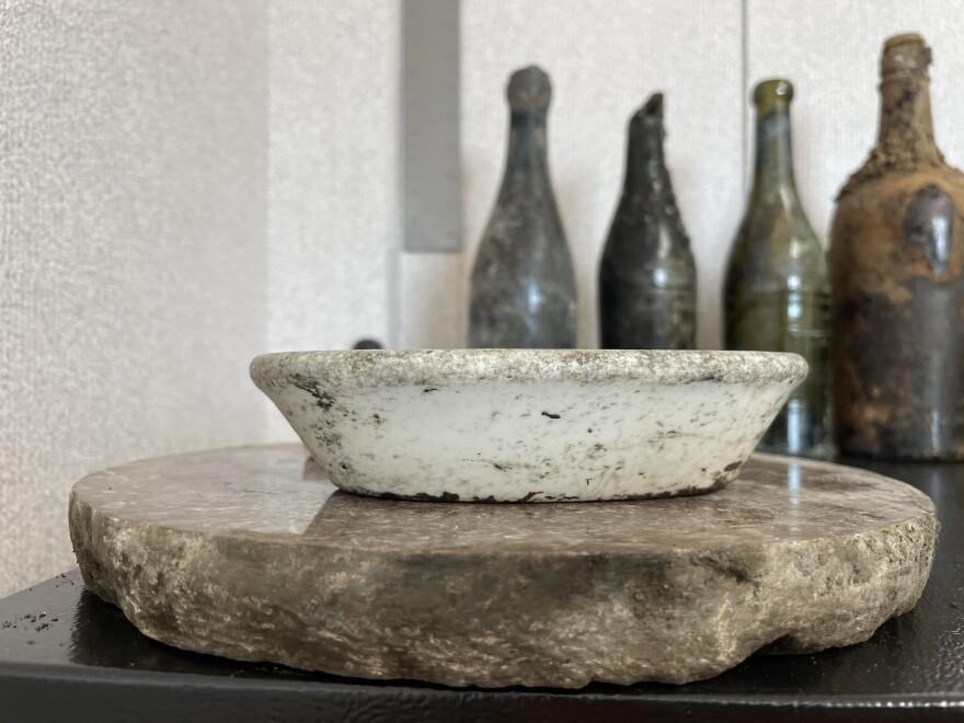 A photo of an artifact bowl.