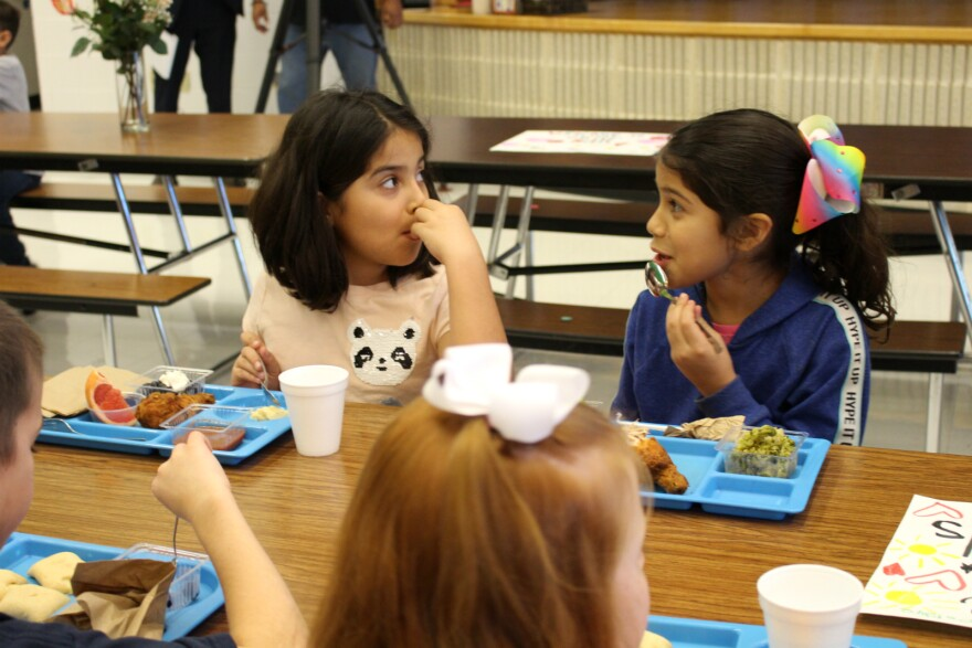 Students eat lunch at Castle Hills Elementary in San Antonio's North East school district Jan. 17, 2020.