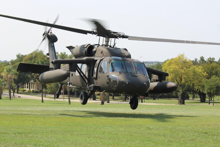 Blackhawk-Helicopter-2-palacios-Houston-2-flooding-harvey-helicopter-palacios-090617.JPG