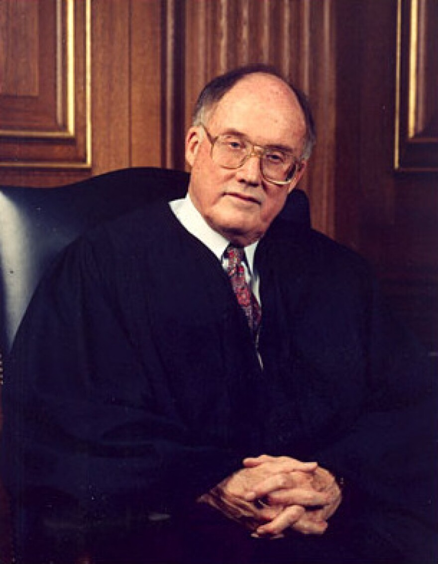William_Rehnquist.jpg