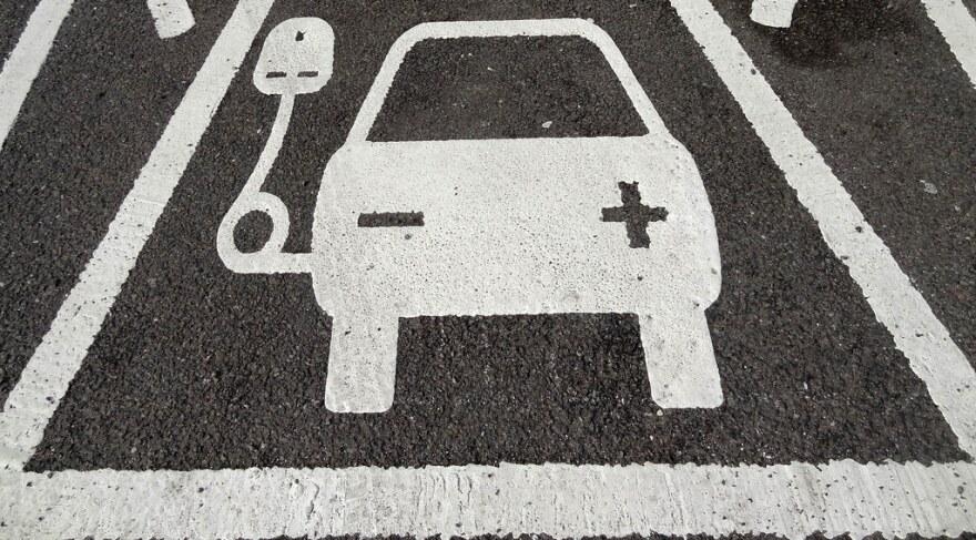 electric_car_charging_stations.jpg