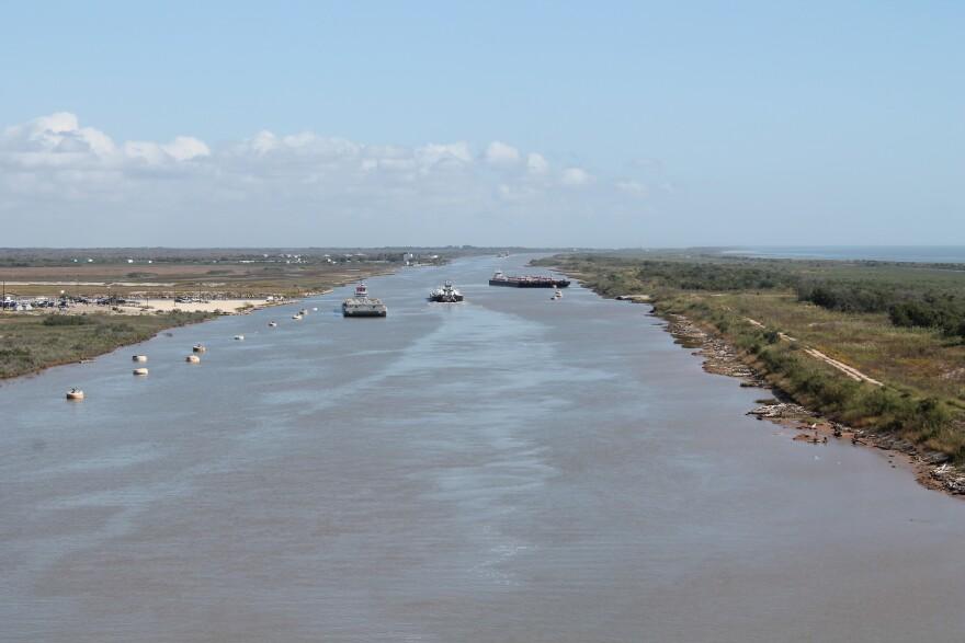 intercoastal_waterway_near_Matagorda_Bay.jpg
