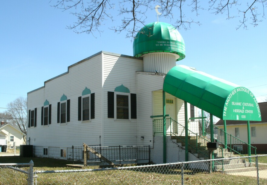 Mother_Mosque_of_America_Cedar_Rapids_IA_pic3.jpg