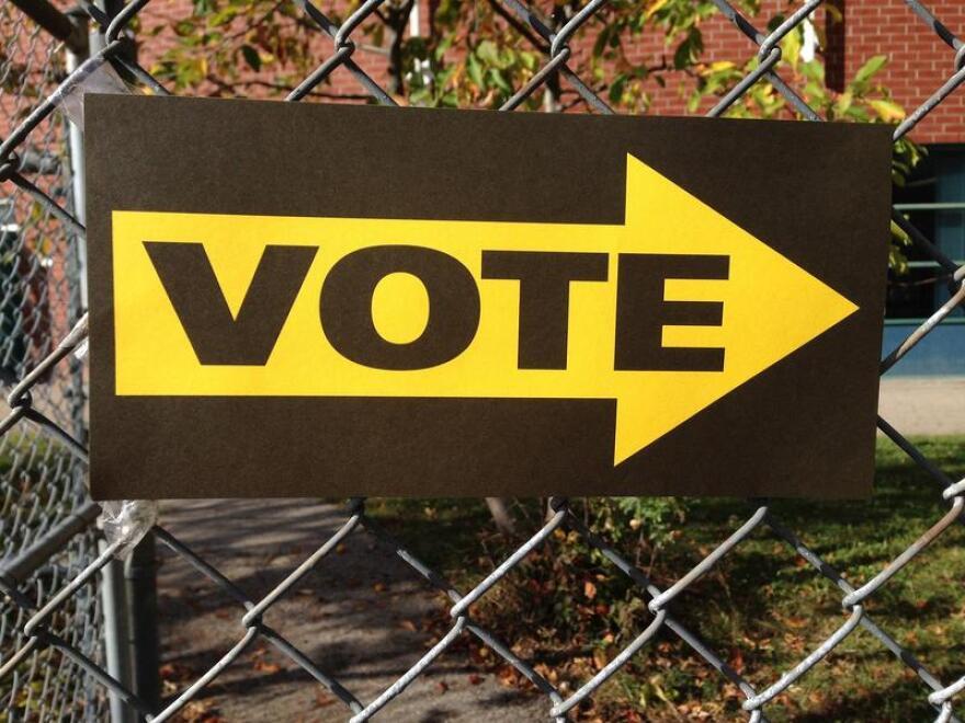 vote-661888_1920_0.jpg