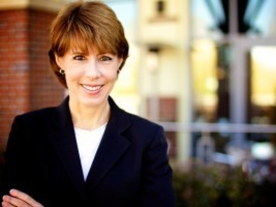Gwen Graham, a lawyer and administrator in the Leon County, Fla., school district, says she'll seek the Democratic nomination to challenge Republican Rep. Steve Southerland next year.