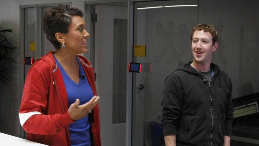 Robin Roberts of <em>Good Morning America</em> talks with Facebook founder and CEO Mark Zuckerberg about Facebook's new tool that lets users share their organ donor status.