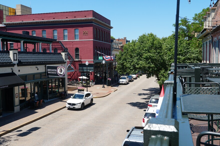 Bars and restaurants on North Main Street in St. Charles are operating under new rules after the city passed a new liquor ordinance last year. Bar owners say it is unfair for the city to target businesses in the small area. January 25, 2019