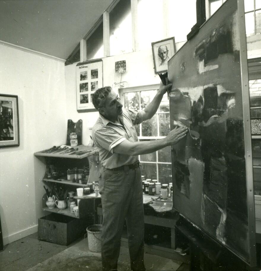 syd_solomon_painting_in_sarasota_studio_1965_photo_by_lionel_murphy_0.jpg