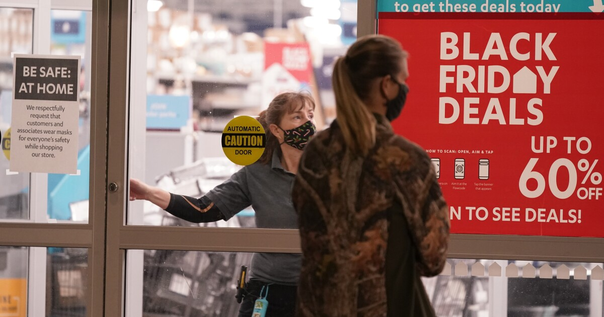 In The Middle Of A Pandemic, North Texans Expect To Spend 10% More This Holiday Season