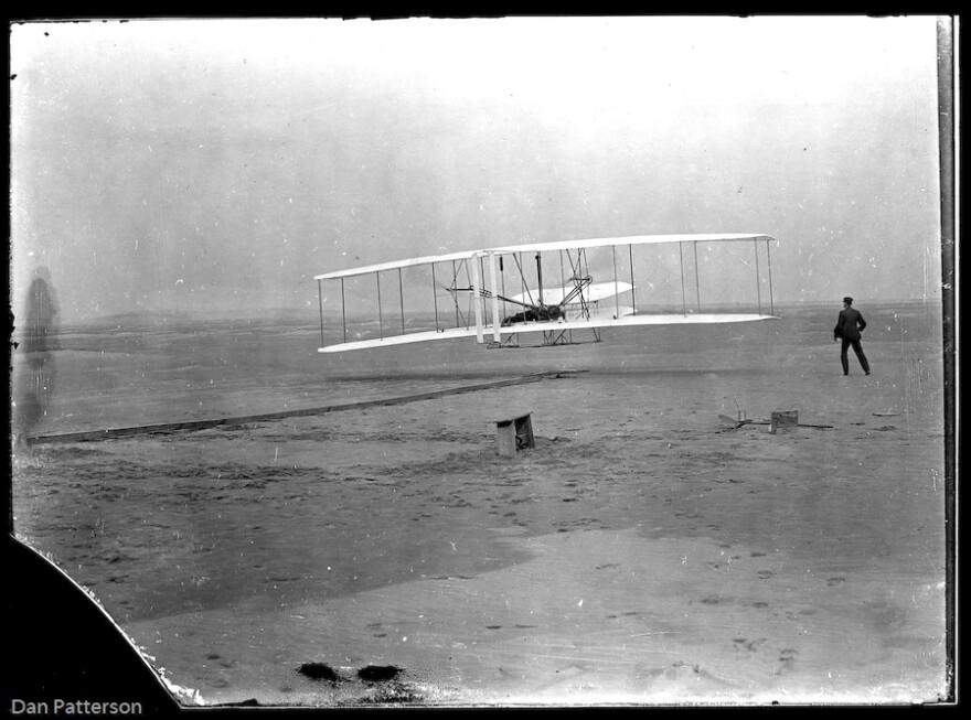 1st_flight_glass_plate.jpg