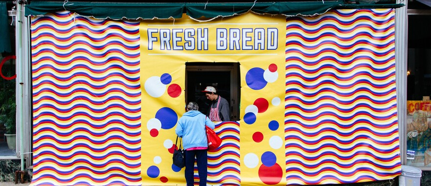 Fresh-BreadStand-223.jpg
