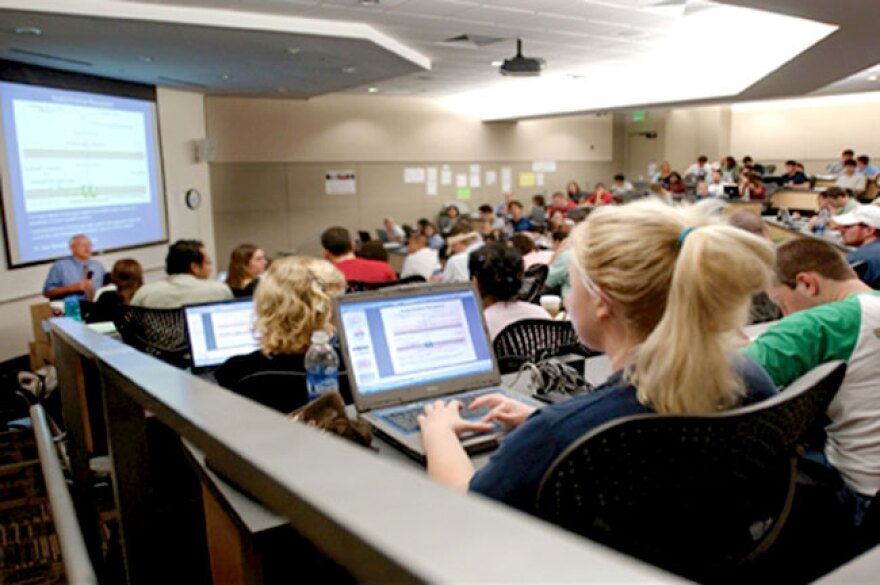 USF-Lecture-Hall_r650.jpg