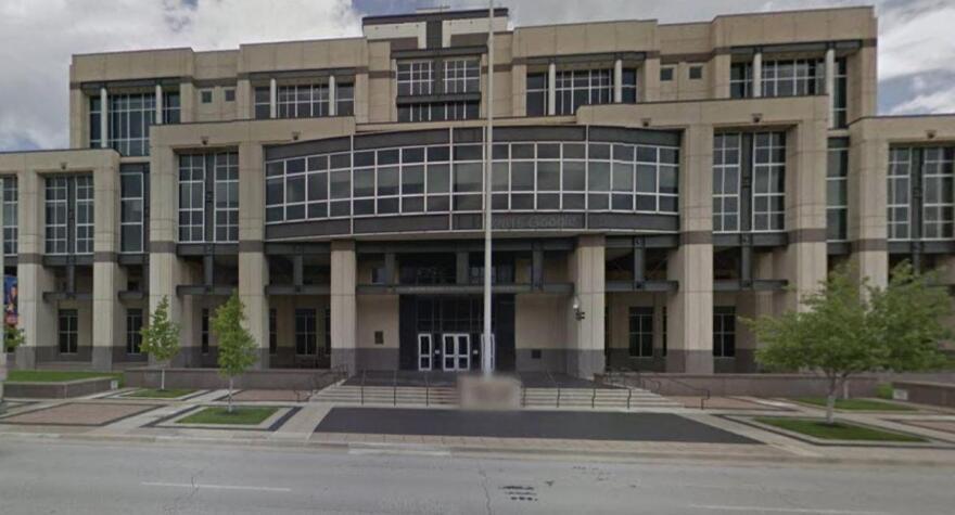 robert_j_dole_courthouse.jpg