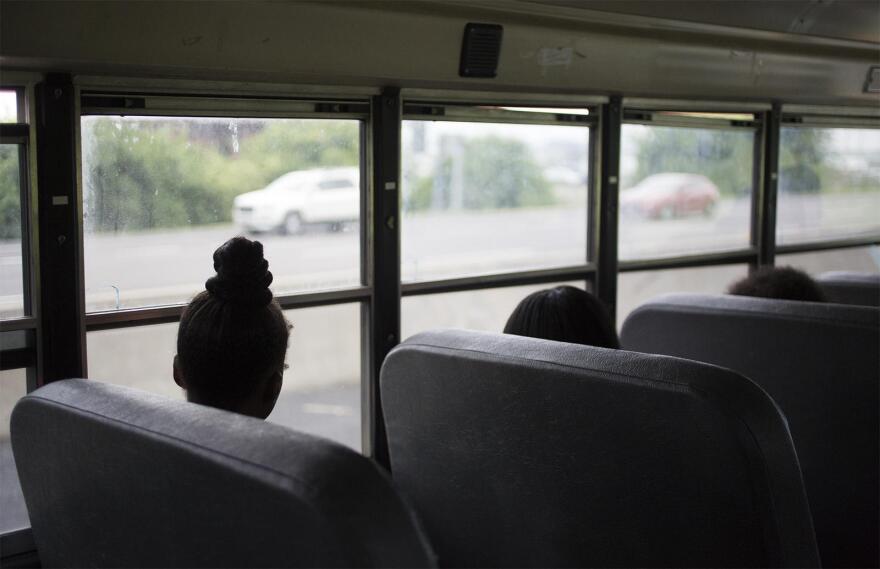 051117_CH_vicc_schoolbus_01.jpg
