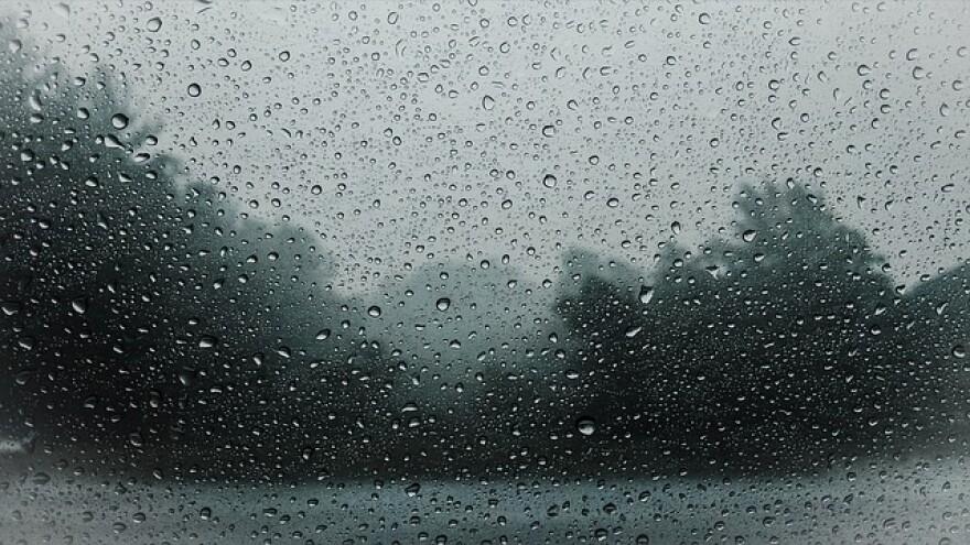 raindrops-828954_640.jpg