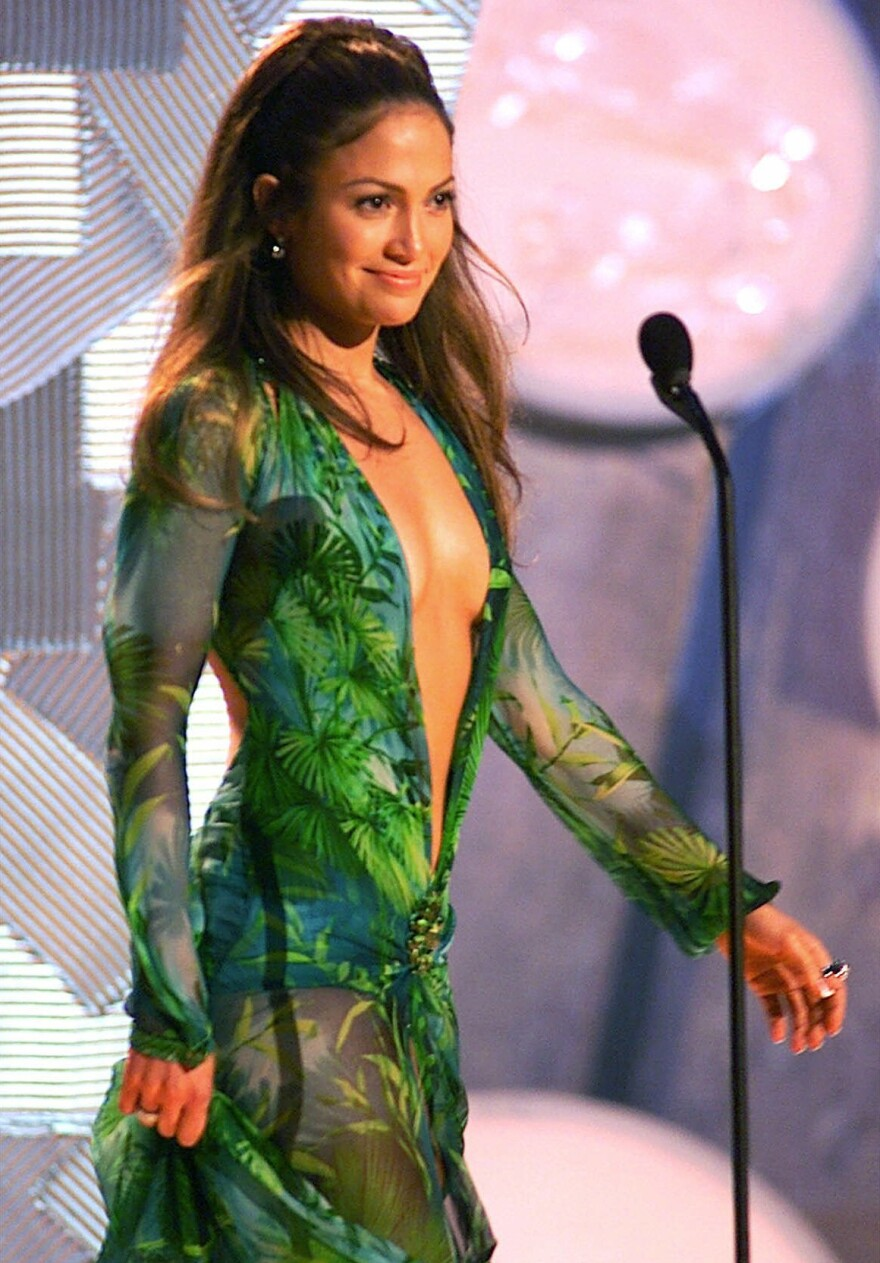 Jennifer Lopez at the 2000 Grammy Awards, in the famous green Versace gown.