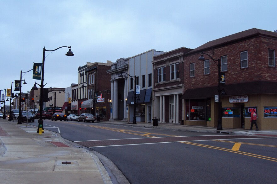 East Main Street in Belleville. Small businesses in this corridor, and across the St. Louis region, depend on strong holiday shopping revenue to stay in business.