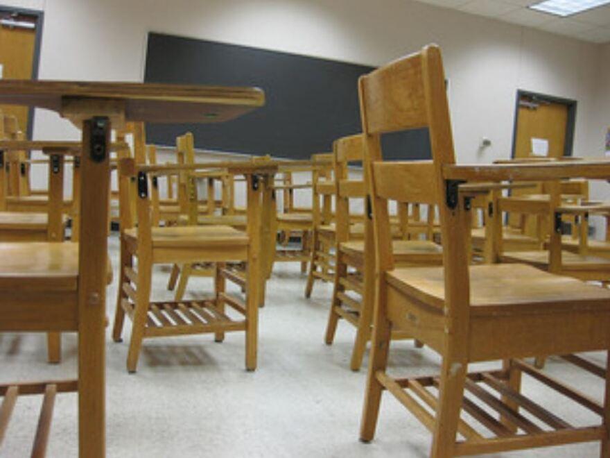 classroom_chairs.JPG