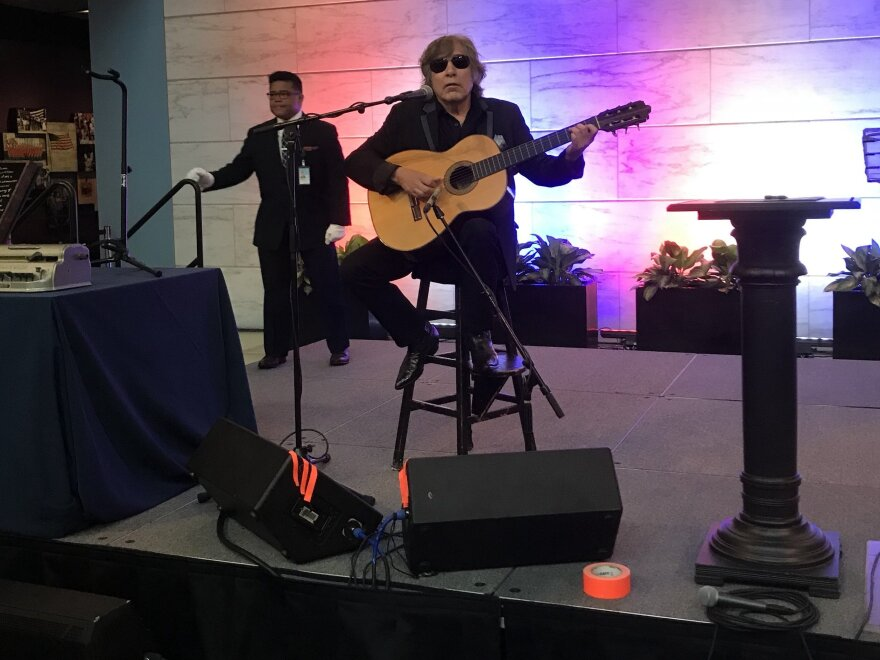 Jose Feliciano performs at the Smithsonian
