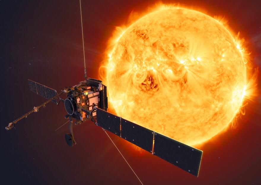 ESA_Solo_Facing_the_Sun_2_horiz.jpg
