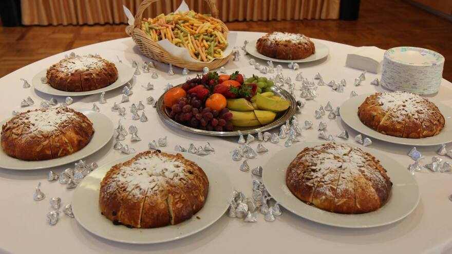 On the weekend of April 8, the Czech Embassy in Washington, D.C., made <em>mazanec</em> as part of an Easter celebration.