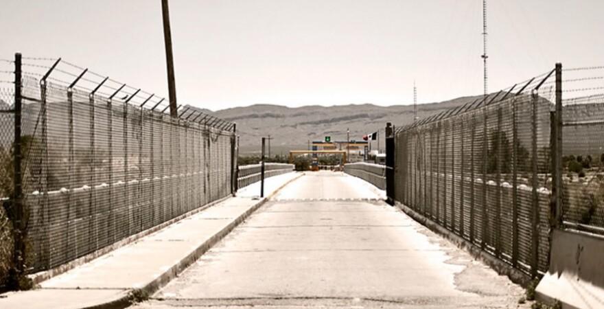 border_wall.jpg