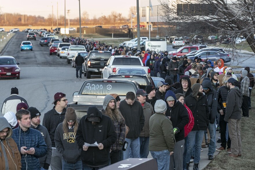 Hundreds of people line up outside of Illinois Supply and Provisions in Collinsville on January 1, 2020 to legally buy recreational marijuana for the first time in Illinois.