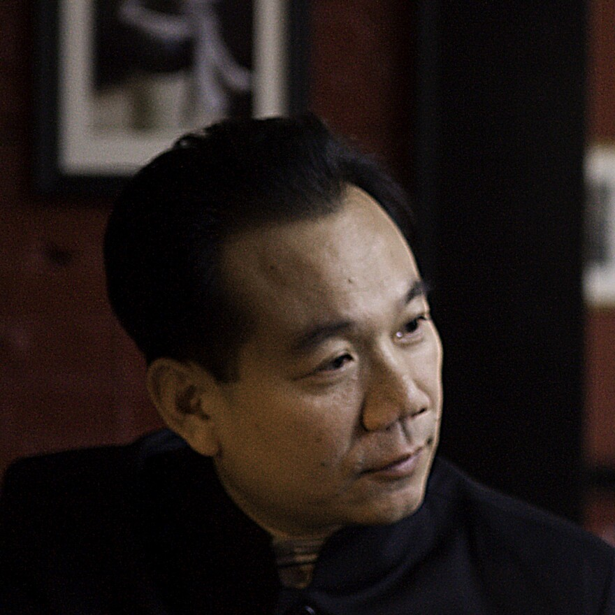 Da Chen is also the author of <em>Brothers.</em>
