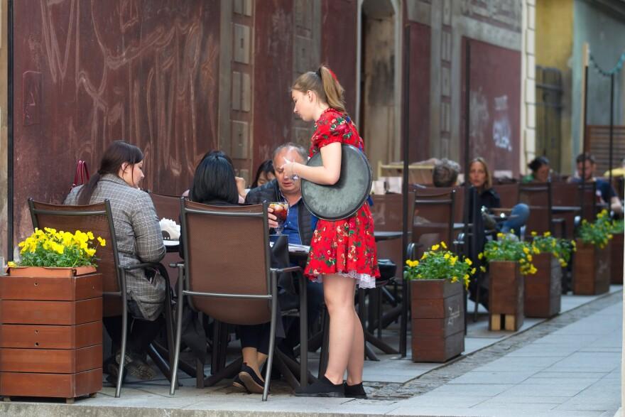 Waiters, Restaurants