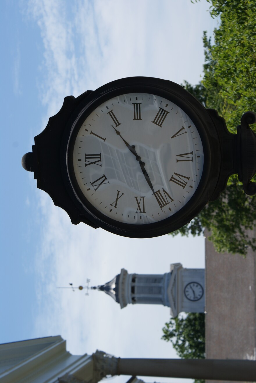 Shepherdstown_Clock.JPG