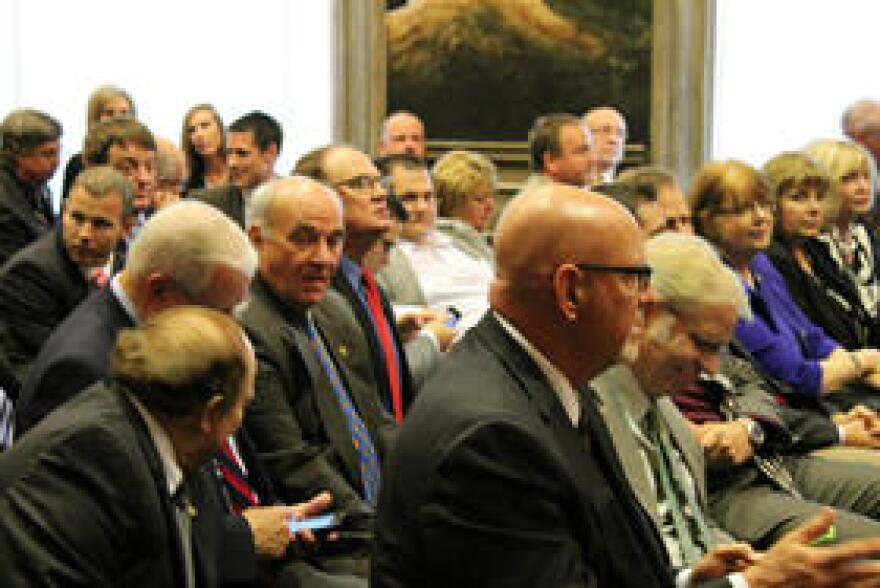 Members of the Republican caucus converge in the House Lounge after Diehl announced his resignation.