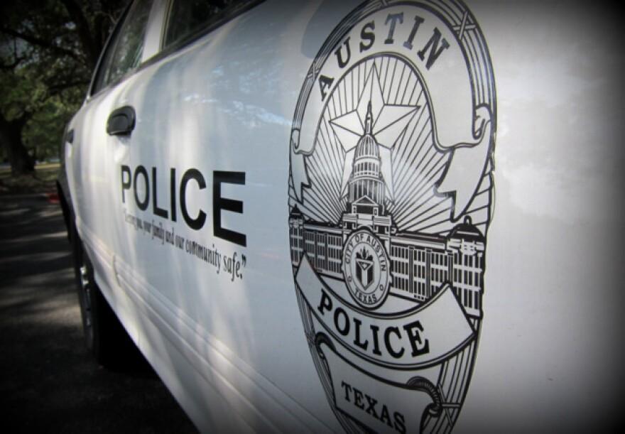 1-austin_police_car_apd_by_nathan_bernier__2_.jpg
