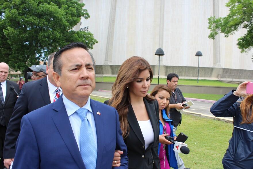 Uresti-Carlos-Courthouse.JPG