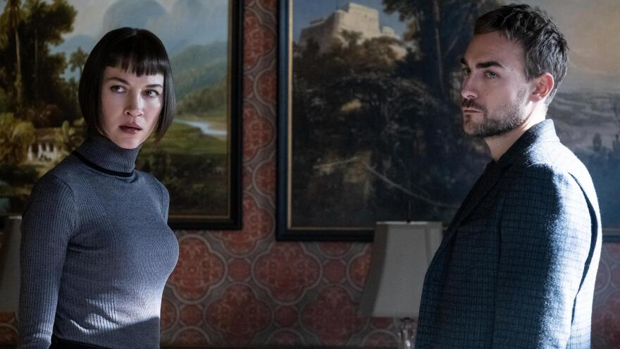 Siblings Ana (Sydney Lemmon) and Daimon (Tom Austen) have a rivalry that causes infernal conflict in Hulu's <em>Helstrom</em>.