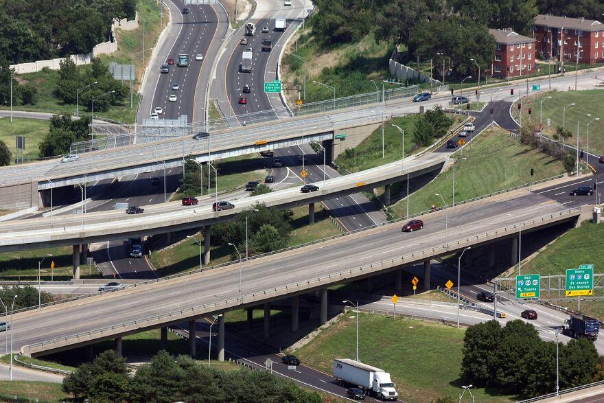 1280px-Interstate_Junction_Kansas_City.jpg