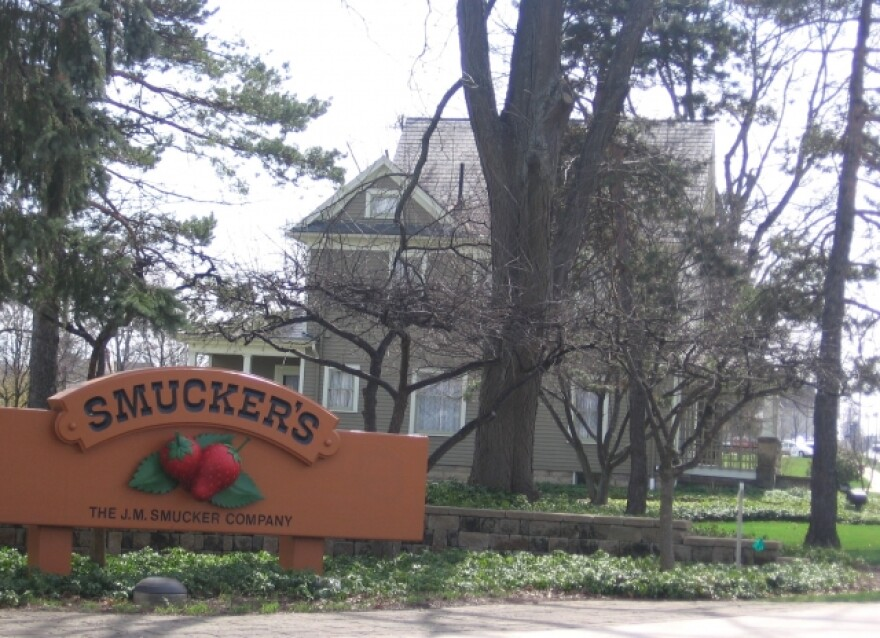 Photo of the Smucker House