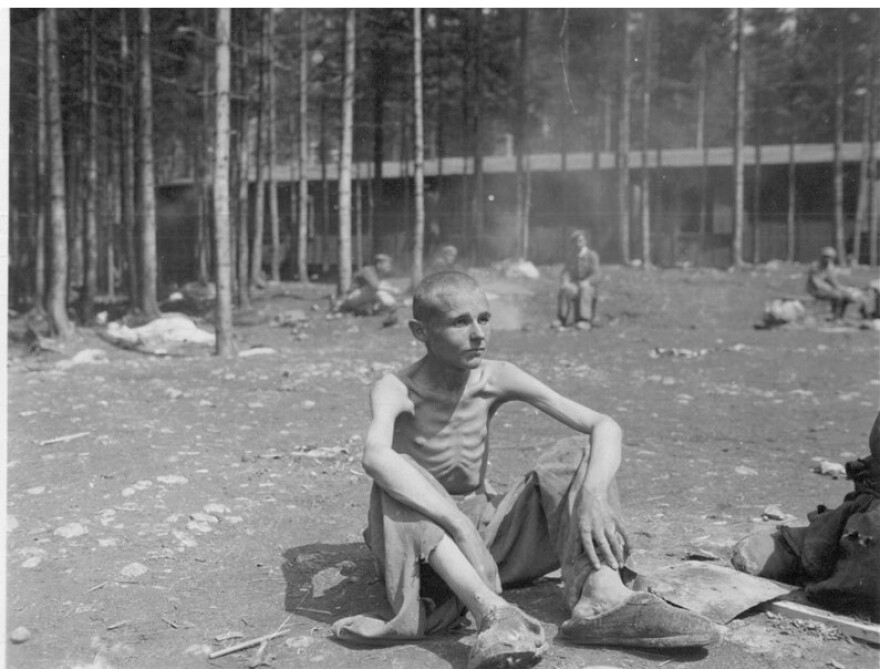 photo_Ebensee_concentration_camp_cropped.jpg