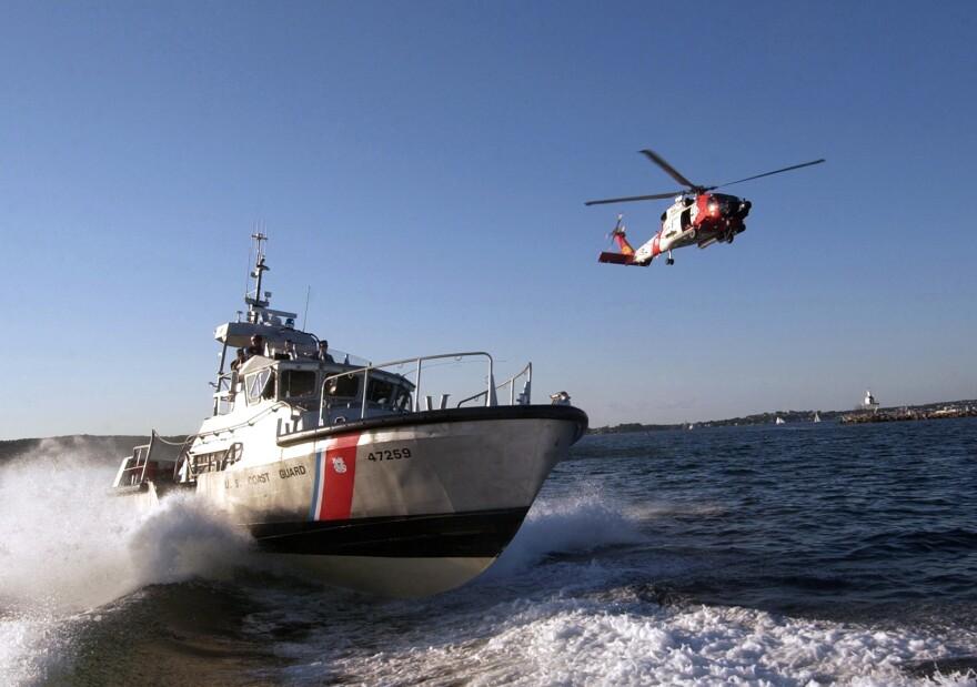 us_navy_050826-c-2023p-796_u.s._coast_guard_assets__a_47-foot_motor_lifeboat.jpg