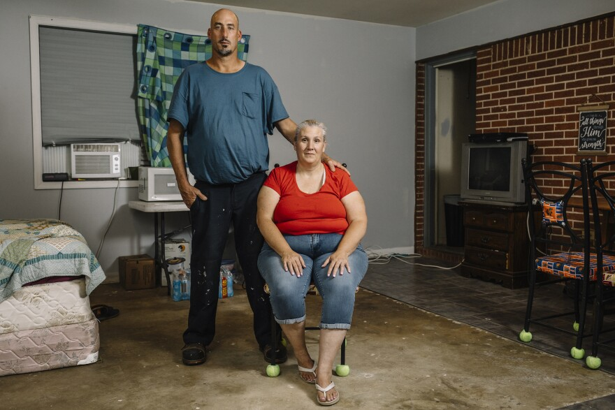 "The Koppelmans are temporarily staying in one room of a house an hour north of Panama City. For now, they cook meals in the microwave. ""I've gotten tired of them,"" says Susan. ""I want to cook so bad."" When they finally get a place with a full kitchen, they already have their first dinner in mind: steak or pork chops with mashed potatoes, gravy and corn.<strong> </strong>"