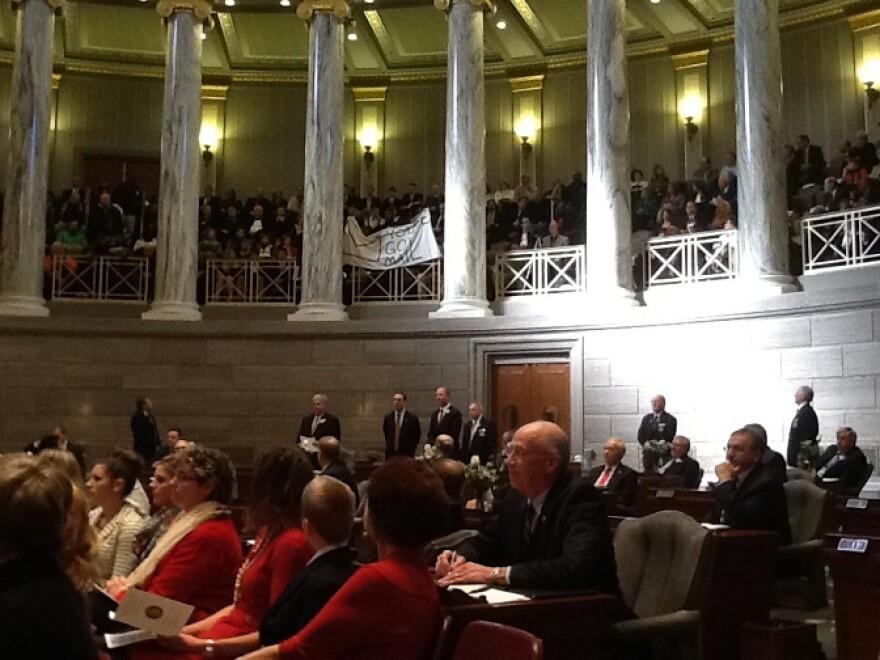 Protesters disrupt opening day of Missouri legislature 2015