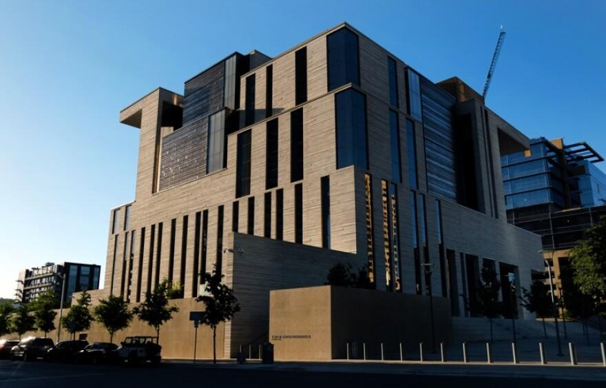 federal_courthouse.jpeg