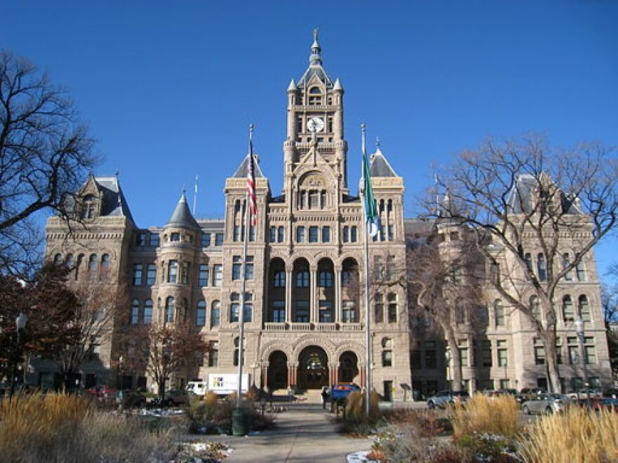 512px-Salt_Lake_City_and_County_Building_-_IMG_1751.JPG