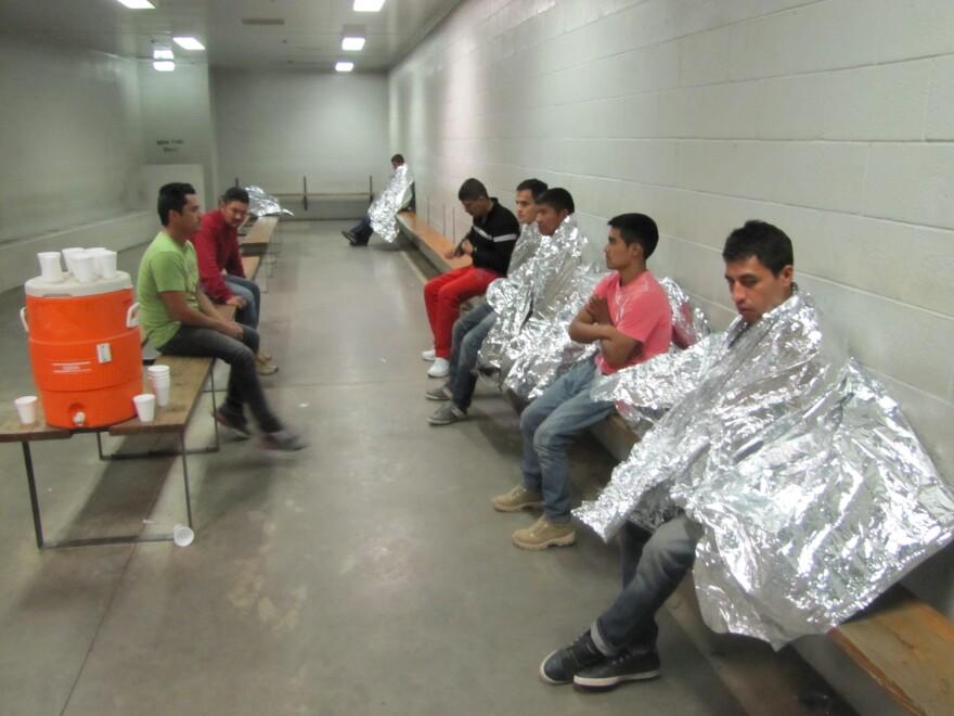 Fronteras_112213_Cold_Freezers_Detention.JPG