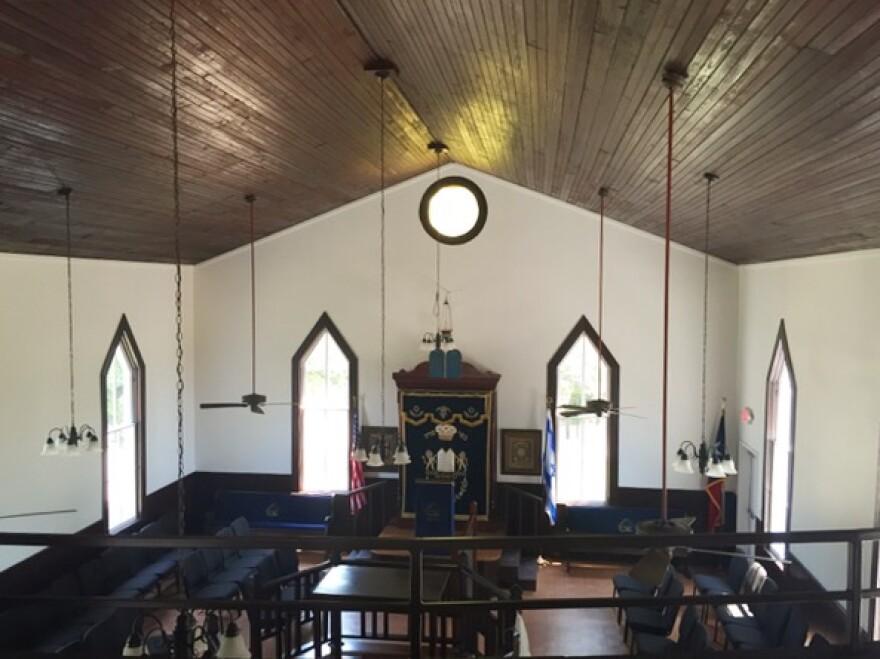 b_nai_abraham_brenham_synagogue.jpeg