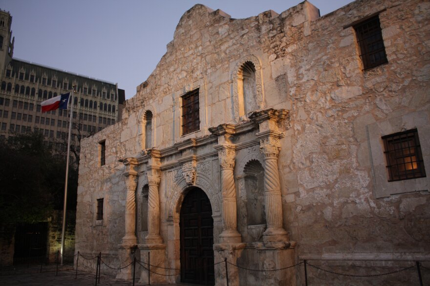 The_Alamo_at_Dusk.jpg